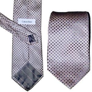 NWOT Mens CALVIN KLEIN 100% Silk Gold Silver Tie
